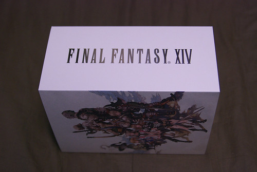 FINAL FANTASY XIV Collector's Edition Package left side