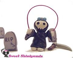 Sweet Shingami Kali (Sleepy Robot 13) Tags: pink black anime cute green halloween souls yellow toy death skull weird limegreen gothic kitsch polymerclay fimo fantasy horror sculpey resin geekery grimreaper babyblue hotpink deathnote babypink soultaker sleepyrobot13