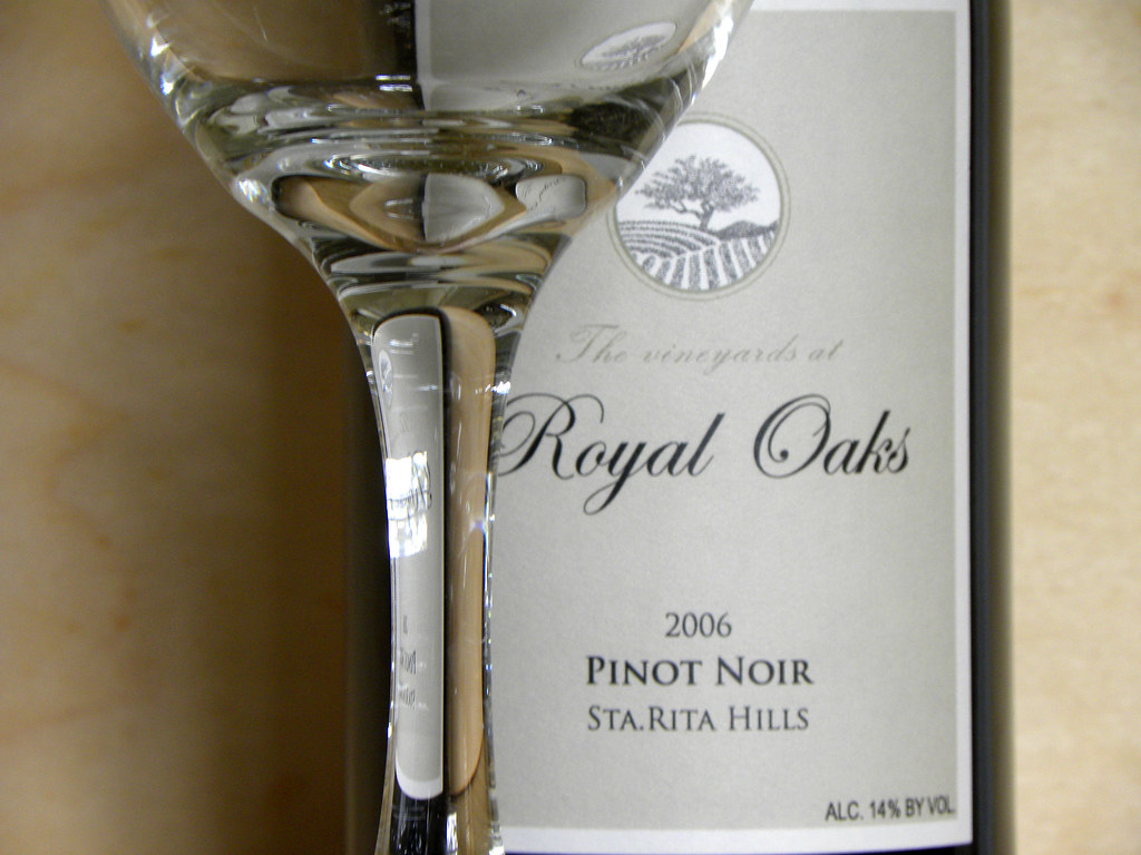 RoyalOaks2006PinotNoir