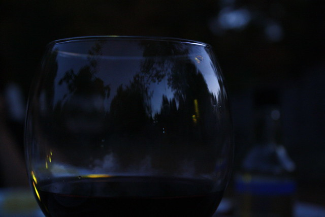 wine glass reflections