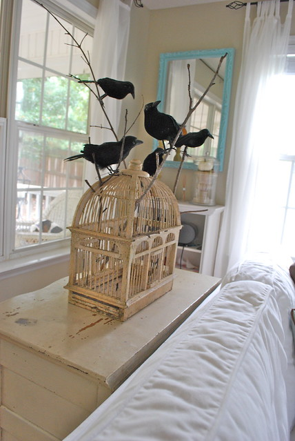 halloween crows decor