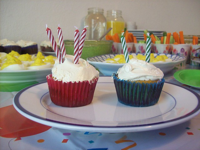GAPS/SCD Cupcakes with Frosting