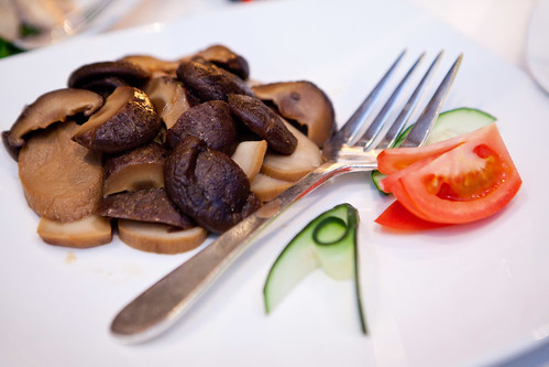Braised double mushrooms