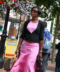 Perfect in Pink (Ibrahim D Photography) Tags: streetcandid street candid ebonybeauty ebony ebonywoman beautifulwoman pink louisvuitton handbag louisvuittonhandbag lv