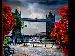 London Tower Bridge IV (Imogen Spedding) Tags: red england structure londontowerbridge colorphotoaward platinumheartaward awardtree mygearandme mygearandmepremium mygearandmebronze mygearandmesilver mygearandmegold mygearandmeplatinum mygearandmediamond truthandillusion