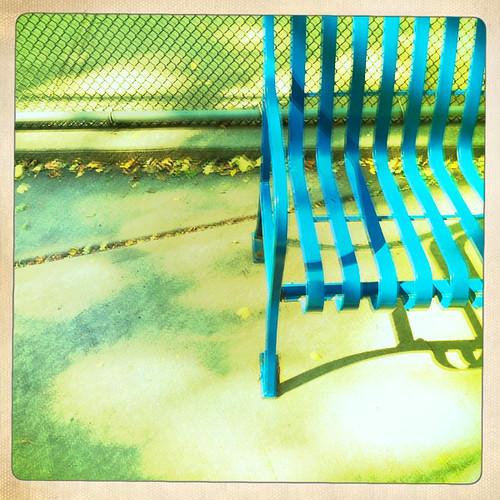 LES bench