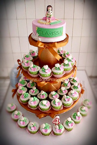 Clarissa's Cupcake Tower