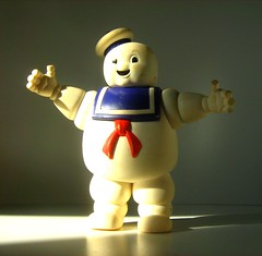 Kenner Toys (1986): The Real Ghostbusters - Stay-Puft Marshmallow Man (Kelvin64) Tags: man monster real toy toys scary model action spirit ghost models eerie hobby spirits spooky plastic marshmallow 80s figure ghosts kenner monsters hobbies phantom 1986 paranormal 1980s figures ghostbusters spectre apparition ghoul supernatural pastime plastics phantoms ectoplasm ghostbuster the staypuft apparitions ghouls pastimes spectres ectoplasmic