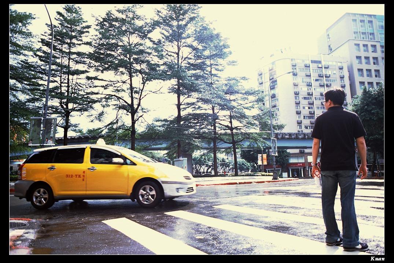 街拍-下午雨後的台北街頭