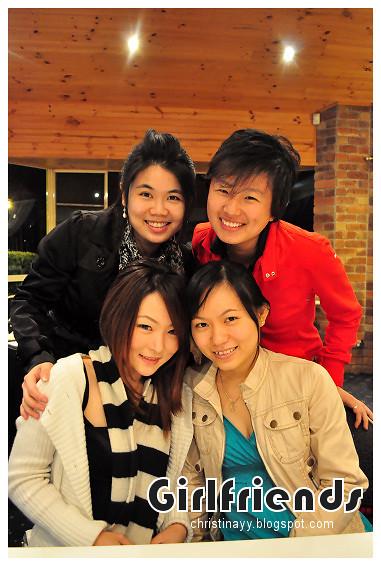 Christopher's Restaurant: Girlfriends