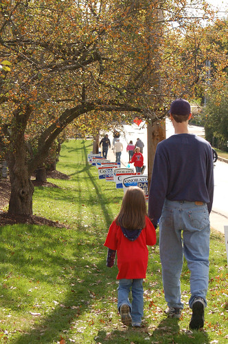 Homecoming 2010:  Walking home.