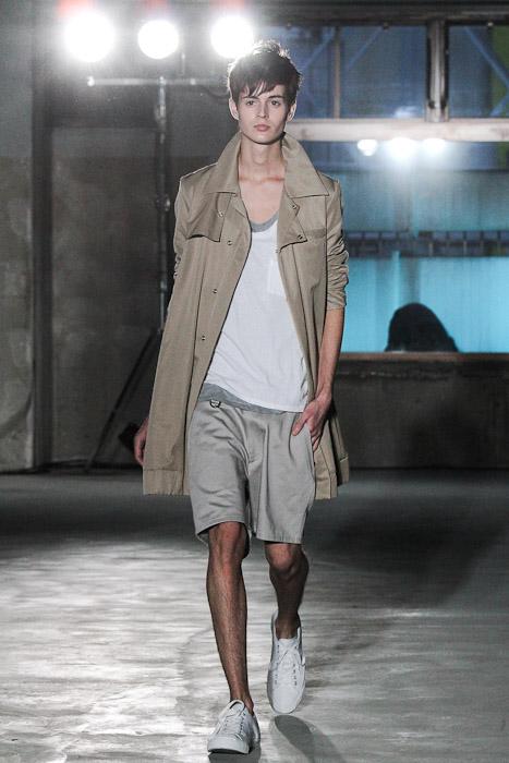 SS11_Tokyo_Sise005_Shane Laver(Fashionsnap)
