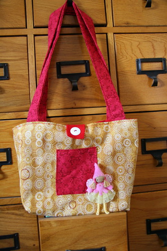 birthday bag w/button