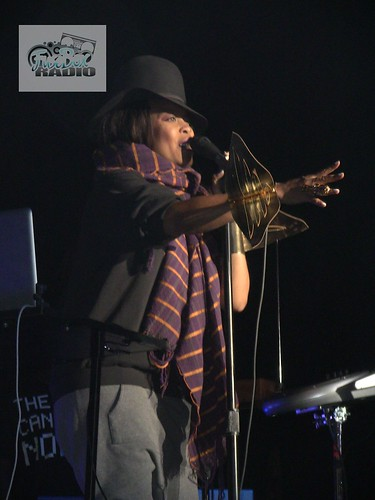 Erykah Badu Live (Oct. 29 ,2010)