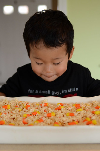 halloween-krispie-treats-6