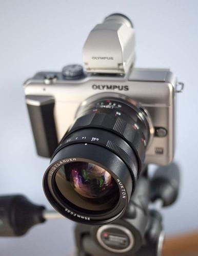 Voigtlander Nokton 25mm f/0.95 E-PL1