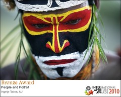 BRONZE AWARD Aperture Awards 2010 (ingetje tadros) Tags: portrait people faces performance culture tribal gathering tribes tradition papuanewguinea traditiona goroka easternhighlands gorokafestival ingetjetadros apertureawards2010 indigebous