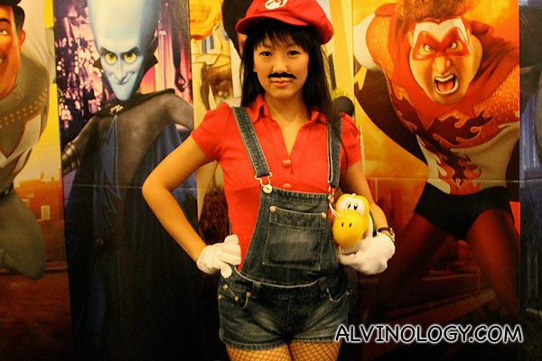 Chrispytine as female Mario - really love her outfit