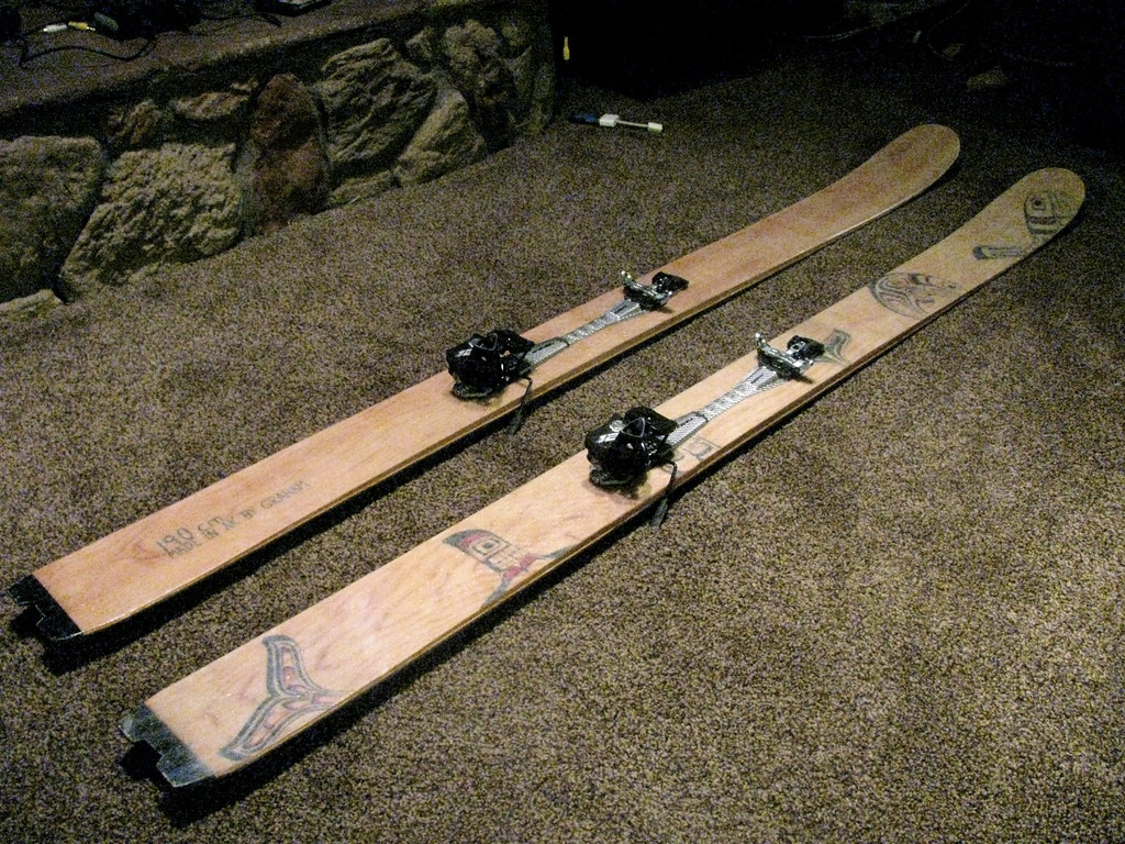How to make homemade skis for hunting