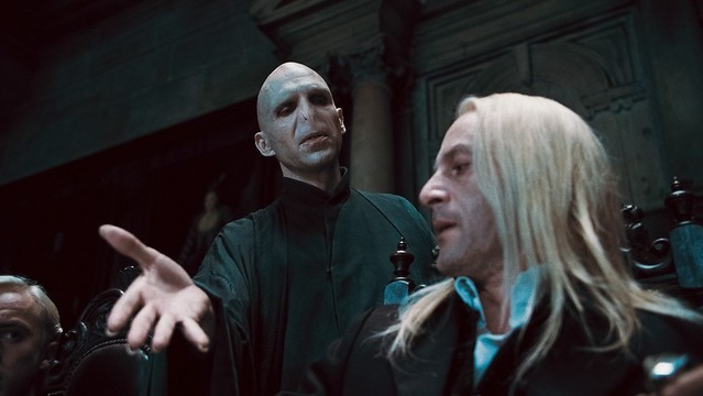 RALPH FIENNES Lord Voldemort y JASON ISAACS Lucius Malfoy
