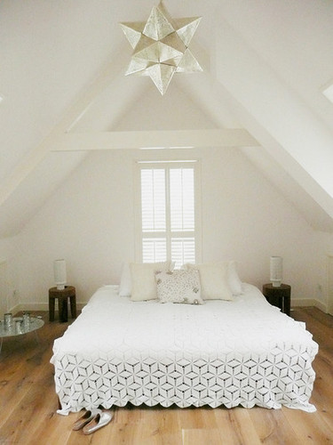 white bedroom 4