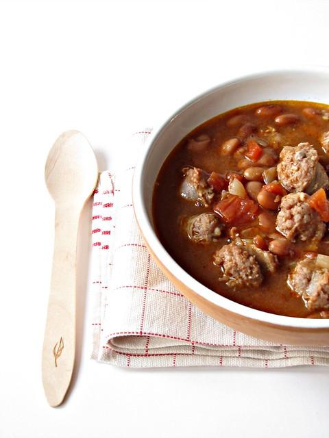 Zuppa Piccante di Borlotti e Salsiccia