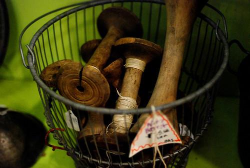 v Liz's Antique Market 011