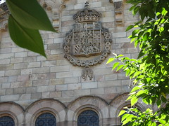 escut de la universitat (josejmhuguetroset) Tags: escut la pared de universitat barcelona