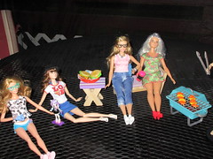 Happy Independence Day! (CatsandCollections) Tags: disneystore disney disneyfilmcollection belle caitlin platinumpop catsandcollections barbielook barbiestyle barbiecollector blacklabel barbie barbiefashionistas evans caitlinevans everydaychic 4th happy4th jayfamily rose rosejay catrinedemew catrine grilling