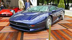 P1000246 (72grande) Tags: concoursdelégance paleishetloo apeldoorn 13eeditie jaguar xj220
