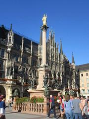 Mary's Column, Marienplatz (muck-magnet) Tags: munich germany marienplatz newcityhall maryscolumn mariensaule