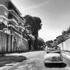 La dolce vita (ioriogiovanni10) Tags: ladolcevita nikon coolpix monocromatico biancoenero anni60 automobile strada roma guidare balduina