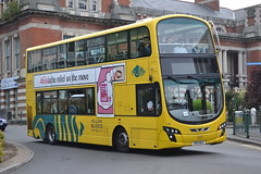RATP Bournemouth Yellow Buses 122 HF11HCU (Will Swain) Tags: bournemouth 4th may 2017 south dorset bus buses transport travel uk britain vehicle vehicles county country england english ratp régie autonome des transports parisiens yellow 122 hf11hcu