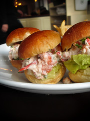 Lobster Roll Sliders, 5 Napkin Burger, UWS, NYC (KAC NYC) Tags: lunch frites fries lobster upperwestside seafood pickles buttered fried bun brioche bitter uws sliders kac phude 5napkinburger phudenyc