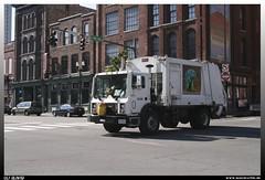 "Mack MR ""Metro Nashville Puplic Works"" (uslovig) Tags: usa truck garbage nashville mr metro tennessee unitedstatesofamerica camion works waste mack lastwagen lkw puplic vereinigtestaatenvonamerika"