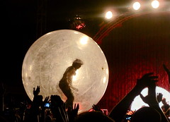 Flaming Lips 6 (MaxBlau) Tags: louisville flaminglips forcastle