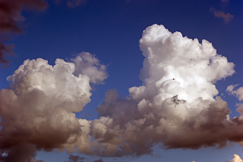 Clouds and aircraft