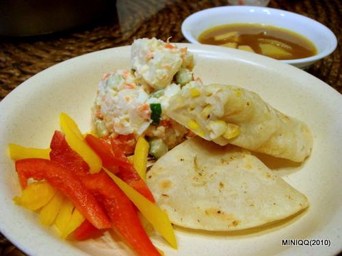自製玉米烙餅+彩椒&馬鈴薯沙拉