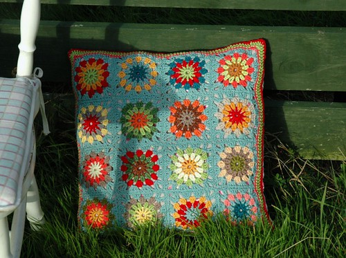 Crochet Scrap Cushion