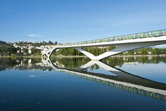 X marks the spot (Rui Nuns) Tags: bridge reflection portugal water rio gua river footbridge ponte reflexo coimbra simmetry simetria mondego pedroins pedonal ruinunes