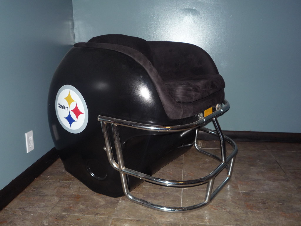Steelers Helmet Chair (futureman3030) Tags: Vintage Penguins Chair  Pittsburgh Pirates Helmet 80s Panthers