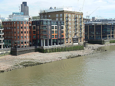 river thames, low tide.jpg