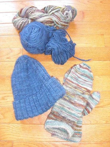 Hat and mittens and future scarf set