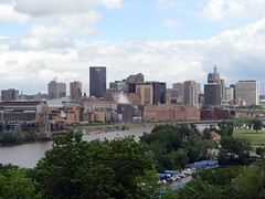St Paul skyline (by: cliff1066, creative commons license)
