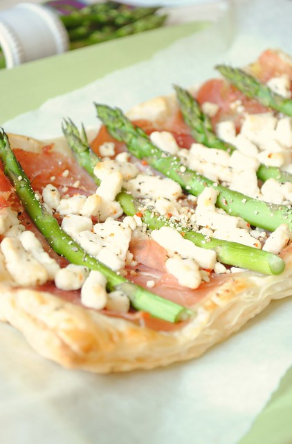 Prosciutto Asparagus and Goat Cheese Puff Pastry