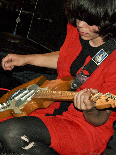 09.15.10 Screaming Females @ Knitting Factory (31)