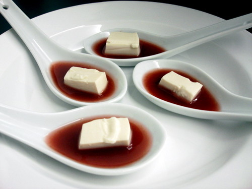 tofu double-boiled in white wine, with grape sauce