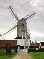 P9147412 (Paul_sk) Tags: green mill windmill suffolk post saxtead