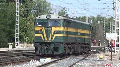 321-080-4 Aranjuez (2) jcs (ppcharly) Tags: diesel 321 locomotora renfe 2100 alco