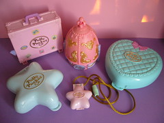 My polly pocket (mercredipink) Tags: lady toy toys polly bluebird pocket petits mlp lovelylocks sylvanians malins
